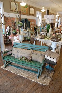 farmhouse decor, store display, shop, antique store, garden benches, display idea, urban farmhouse, vintage display, glider