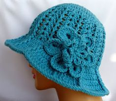 Crocheted summer hat. Free pattern.