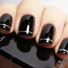 Pretty black manicure