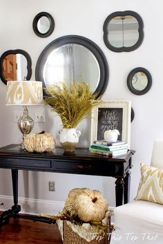 Top This Top That: Creating Vignettes 101 and my Fall Entry