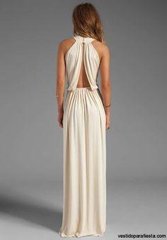Elegantes-y-modernos-vestidos-largos-de-fiesta-con-escote-en-la-espalda-14.jpg 558×800 píxeles