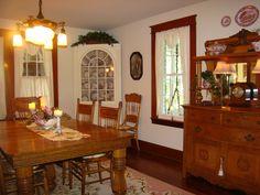 Open Gates Farm Bed & Breakfast   Formal Dining Room