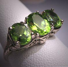 Vintage Peridot Ring Art Deco Filigree by AawsombleiJewelry on Etsy