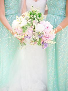 Mint and gold bridesmaids
