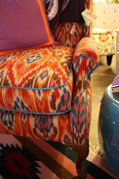 upholstery inspiration....LOVE the fabric!