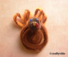 Sophie 39 s picks fun with pipe cleaners on pinterest pipe for Pipe cleaner turkey craft