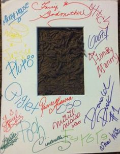 Great idea: have all the Disney characters sign a matte to frame a picture at Disney in!
