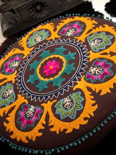 chocolat...: awesomely huge GooD KarMA floor pillow...