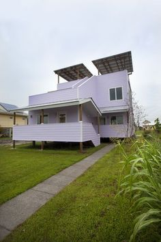 Frank Ghery - Brad Pitt Make it Right - Duplex in New Orleans just completed. This is one of only 22 Ghery houses in the U.S.