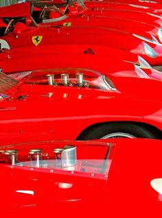 Ferrari Testarossa run