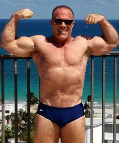 gay hunk flexing pool GLOBALFIGHT PROFILES