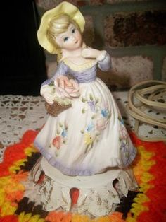 Vintage lady lamp by ALEXLITTLETHINGS on Etsy, $35.99