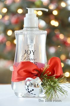DIY-Christmas-gift custom hand sanitizer