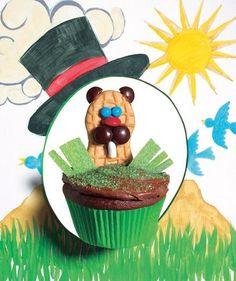 Punxsutawney Phil Cupcake (perfect for Groundhog Day!)