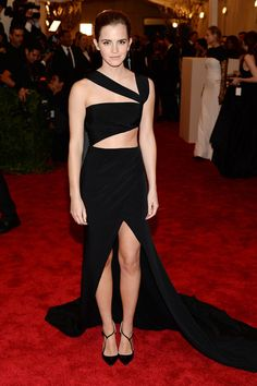 Emma Watson in Prabal Gurung at the 2013 Met Gala aries, met gala, fashion styles, emma watson, gowns, dresses, galas, prabal gurung, black