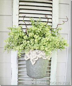 DIY: Hanging Lace Flower Pot