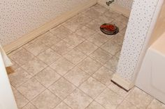 How to replace linoleum flooring -- Curated by: Modern Paint & Floors | 102-1875 Spall Rd Kelowna (BC) V1Y 4R2 | 250 860 2444