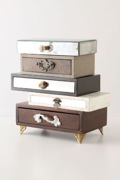 Topsy Turvy Jewelry Box  http://rstyle.me/~zZe1