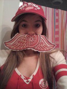 Very creative, @NHLWingsfanKay! #Movember