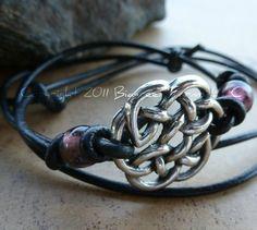 celtic knot bracelet! I'm obsessed with celtic jewelry! Celtic Knot Bracelets, Celtic Jewellery, Jewelry Celts, I 39 M Obsession, Celtic Knots Bracelets, I M Obsession, Celtic Jewelry, Leather Bracelets