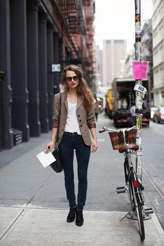 blazer + skinnies.
