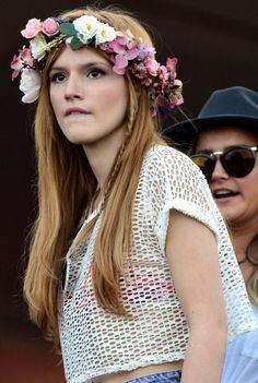 Bella Thorne's hippie hair and flower crown