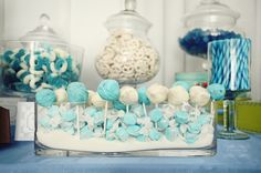 favors but in nautical colors.