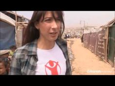 Samantha Cameron visits the Syrian border with Save the Children.
