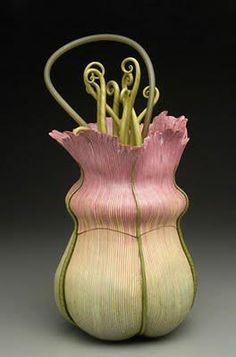 Fabulous handbag by Kathleen Dustin., www.LadiesStylish.com ... Wow. #ElegantBags