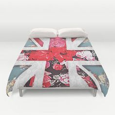 God save the Queen | Elegant girly red floral & lace Union Jack  Duvet Cover by Girly Trend