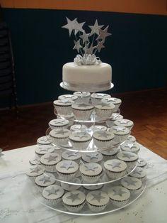 silver star cupcakes