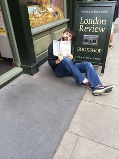 I was busy but took time out to #readeverywhere