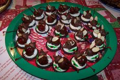 Christmas Eve Mice! Oreo Cookies Hershey Kisses Melted Chocolate ...