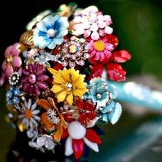 Vintage flower brooch bouquet from 1Amanda on Etsy.