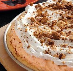 pumpkin ice cream cookie pizza #pumpkinisaseason