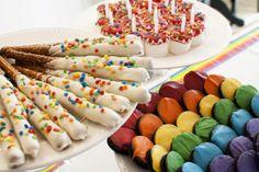 Treats at a Rainbow Party #rainbowparty #treats