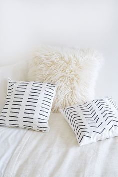 DIY | Pillows with g