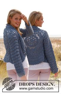 """Crochet DROPS jacket worked in a circle with lace pattern and long sleeves in """"Paris"""". Size: S - XXXL. ~ DROPS Design"""
