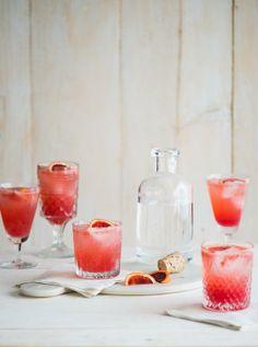 Refreshing Blood Orange Gin and Tonic / WhiteOnRiceCouple.com