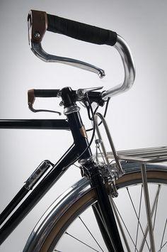 Hufnagel Cycles : Porteur Bike : front end