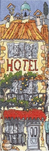 Hotel 5 - Michael Powell