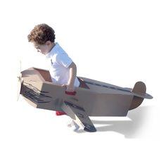 Avião de papelão para crianças.