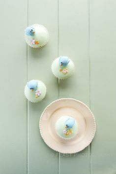Bluebird cupcakes, masterfully baked by Regina Brook.  ©FeastPhotography