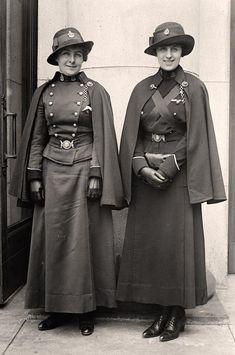 Canadian Nurses, 1918.