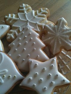 #sugar #cookies #decorating #royal icing #recipes #christmas' cookies - STUDIO L