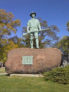 Bohemian National Cemetery, Chicago: Spanish American War Memorial