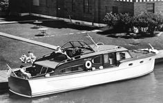 Chris Craft-1947-CC46ftDblCabin :: The Mariners Museum Image Collection