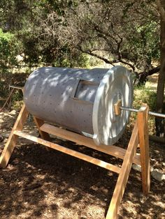 DIY Compost bin. elevated, keeps rodents out, can turn for faster decomposing and move if needed.