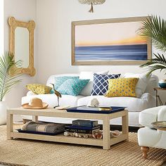 CHIC COASTAL LIVING: Island Style: SERENA & LILY SUMMER living room