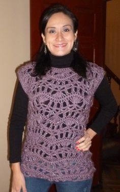 Pullover tejido en horquilla. El patrón está en este link: http://www.knittingfever.com/c/leaflet/15920/